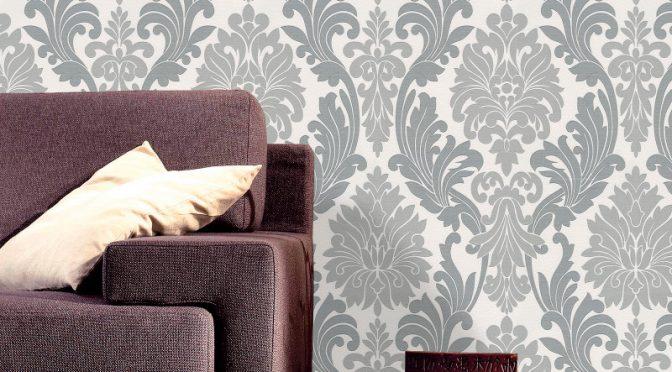 Belgravia Decor Lazio Damask Glitter Wallpaper – Silver