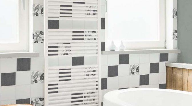 Bathroom Wallpaper – Crown Beach Pebble Tile Black White Glitter Wallpaper