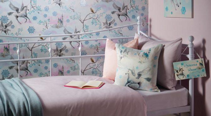 Arthouse Fairy Tale Snowflake Glitter Wallpaper