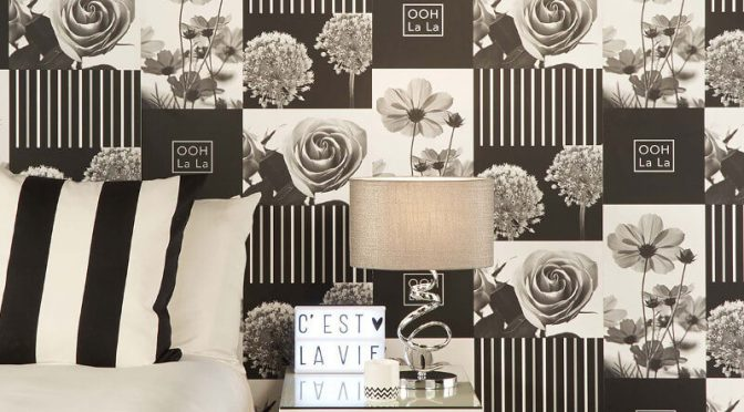 Crown Coco Floral Art Black Wallpaper